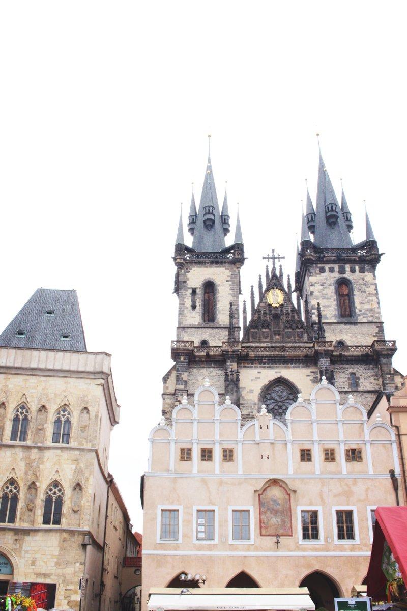 Kirche-Kathedrale-Burg-Prag