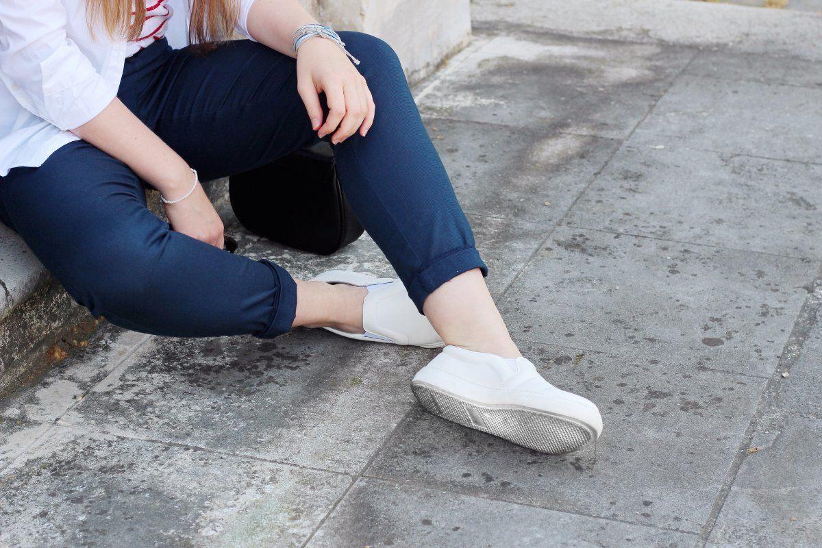weiße sneaker-fair schuhe-slow fashion-vanillaholica-lifestyleblog- vegane weiße Sneaker