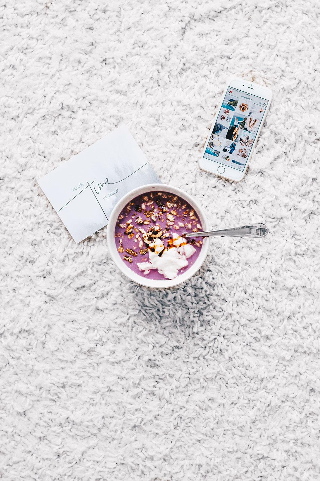 5 Minuten Pastell Frühstück // vegan, laktosefrei und ohne zugesetzten weißen Zucker